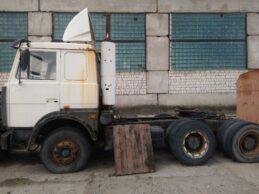 Седельный тягач МАЗ - 6422A5